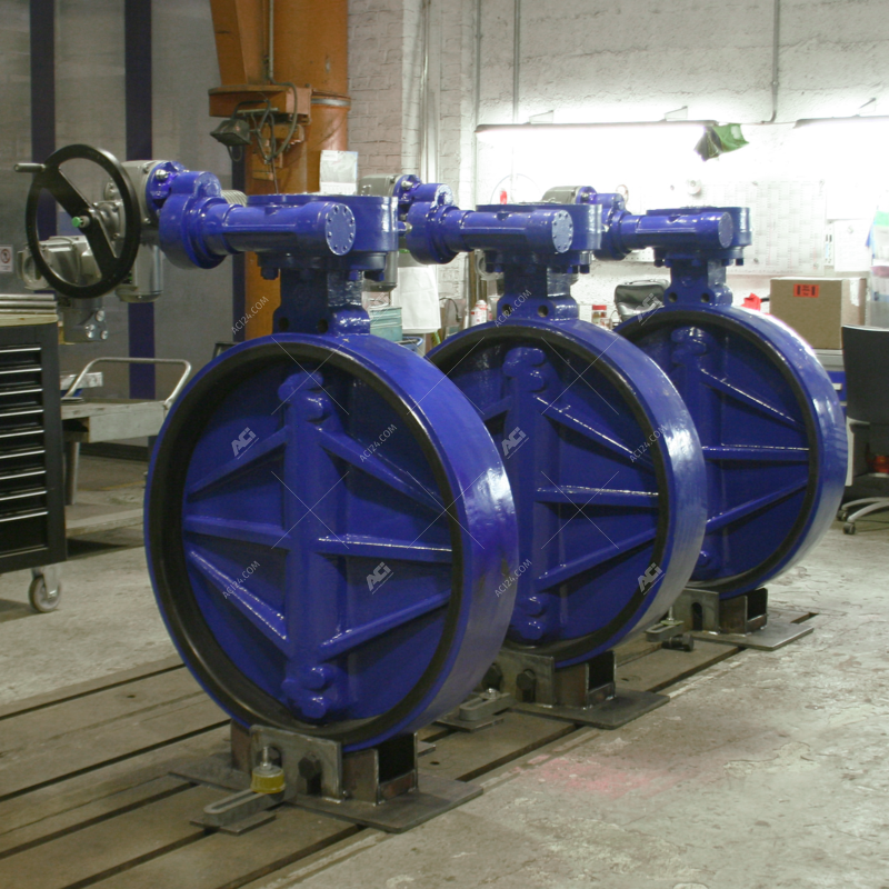 Butterfly valves DN 1000 automated with manual actuator